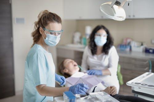 tand- en kiespijn bij kinderen